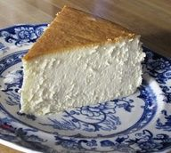New York Cheesecake - This is the single best cheesecake I have ever had.  DIY Recipe Source