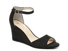 Unisa Yeavett Wedge Sandal