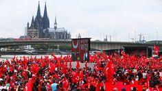Türkischstämmige Demonstranten Ende Juli in Köln