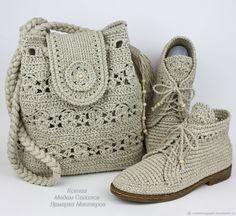 Купить или заказать Льняные ботиночки вязаные сумка комплект в интернет магазине на Ярмарке Мастеров. С доставкой по России и СНГ. Срок изготовления: 10 - 12 дней. Материалы: лён, льняная пряжа, лён с хлопком,…. Размер: сделаю обувь любого размера по…