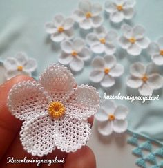 Orange flowered prayer headscarf with close-up . - My Recommendations Tatting Patterns Free, Crochet Flower Patterns, Crochet Designs, Crochet Flowers, Filet Crochet, Crochet Motif, Irish Crochet, Crochet Stitches, Needle Tatting
