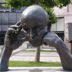Awesome Sculpture, thinker, head, hands, statue, photo.