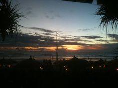 Sunset en la playa de Legian