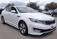 5. Kia Optima Hybrid LX 2013 — TOP10 Cheapest 2013 Mid-Size Cars in U.S.)