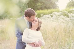 Summer wedding set in the countryside and beautiful light. Wedding photography.