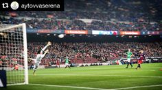 #Repost @aytovvaserena  Fuentes se estira pero no puede evitar el 1-0 tras un gran disparo de Dani Alves