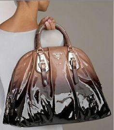 Prada handbag  Diese und weitere Taschen auf www.designertaschen-shops.de entdecken