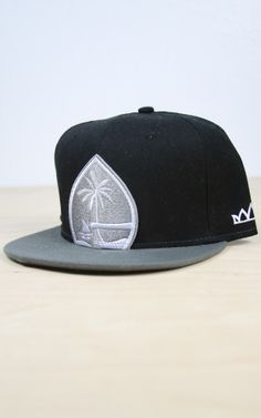 a8e6aafddd4 Crowns Guam  Big Seal Snapback  Raider