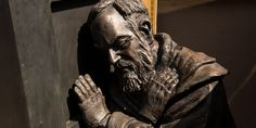 """Padre Pio says God is """"obliged"""" to answer this type of prayer Short Prayer For Healing, Types Of Prayer, Prayer For You, Power Of Prayer, Healing Prayer, Catholic Readings, Why Pray, Effective Prayer, Confessions"""