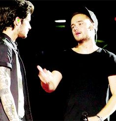 (gif)   ziam // one direction