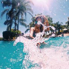 «splash»