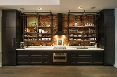 Industrial Style Kitchens Industrial Kitchen Design Creates A Great Loft Style Atmosphere Interior Loft Kitchen, Kitchen And Bath, Kitchen Interior, New Kitchen, Kitchen Decor, Kitchen Ideas, Kitchen Shelves, Kitchen Cabinets, Kitchen Small
