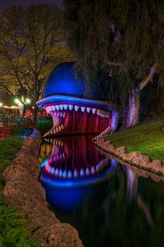 Monstro the Whale on the Storybook Land Canal Boats. First ride since my disneyland reunion Disneyland Vintage, Parc Disneyland, Disneyland Resort, Disneyland 2016, Disney Theme, Disney Fun, Walt Disney, Disney Magic, Disney Stuff