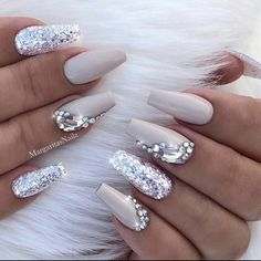 21 Elegant Nail Designs with Rhinestones Sparkly Coffin Nail Design Nude White Silver Rhinestone Matte Shiny Acrylic Coffin Long Nail Ideas Manicure – French tip – Square shaped long nails – cute summer fall spring fingernails – gel nails – shellac – Ongles Bling Bling, Bling Nail Art, Rhinestone Nails, Bling Nails, Silver Rhinestone, Bling Wedding Nails, Pink Bling, Glitter Wedding, Rhinestone Nail Designs