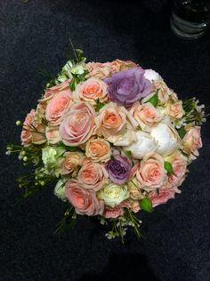 Brudebuketten jeg lagde på en messe på CCVEST #FinnSchjøll #messe #brudebukett