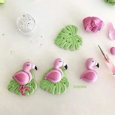 Ideas For Cake Fondant Cute Fimo Polymer Clay Animals, Cute Polymer Clay, Cute Clay, Fimo Clay, Polymer Clay Charms, Polymer Clay Projects, Polymer Clay Creations, Clay Crafts, Polymer Clay Jewelry