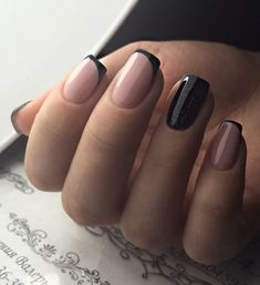 Trending French Nails Style This Winter 2019 20 The best new nail polish colors and trends plus gel Chic Nails, Classy Nails, Stylish Nails, Swag Nails, Trendy Nails 2019, Grunge Nails, New Nail Colors, Nail Color Trends, Nail Colour