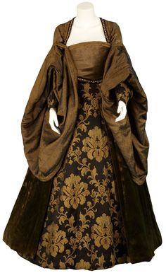 15th century fashion | Costume from the Other Boleyn Girl. Worn by Anne Boleyn's mother ...