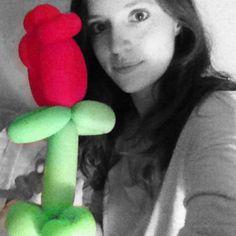 Espero q haya sido un super Sant Jordi :) #santjordi #diada #globo #uocsantjordi #rosa #2014