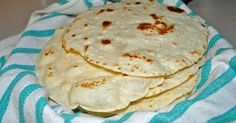 Authentic Homemade Flour Tortillas Ingredients: 4 cups all-purpose flour 1 teaspoons salt 2 teaspoons baking powder cup lard . Recipes With Flour Tortillas, Homemade Flour Tortillas, Flour Tortilla Recipe With Lard, Mexican Cooking, Mexican Food Recipes, Ethnic Recipes, Mexican Entrees, Great Recipes, Favorite Recipes