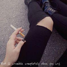alternative.clique/2016/11/24 06:18:58/Day off tomoz heheheheh. {My Edit} #kurtcobain #nirvana #alexturner #arcticmonkeys #5sos #lukehemmings #michaelclifford #ashtonirwin #calumhood #scared #smoking #black #grunge #grungegirl #music #bands
