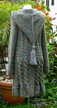 Beautiful pixie sweater
