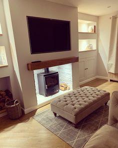 Log Burner Living Room, Minimalist Living, Grey Rugs, Little Houses, Flat Screen, Home Decor, Blood Plasma, Minimal Living, Tiny Houses