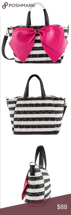 """⤵️👛😍Betsey Johnson Stripes Bag👛 Nylon lining Top zipper closure, Double handles with 6"""" drop Detachable adjustable crossbody strap with 23"""" drop Front oversized signature bow with toned heart detail Fully lined interior with 2 slip pockets and wall zip pocket Handbag: 17"""" x 11"""" x 5"""" inches (WxHxD) Betsey Johnson Bags Shoulder Bags"""