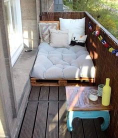 Top 30 Pallet Ideas for DIY Furniture for Your Home - DIY & Crafts # for # Ideas - Yasam Aygun - Dekoration - Balcony Furniture Design Neutral Living Room Furniture, Balcony Furniture, Diy Furniture, Small Balcony Decor, Pallet House, Home Decor, Apartment Decor, Home Diy, Diy Home Crafts