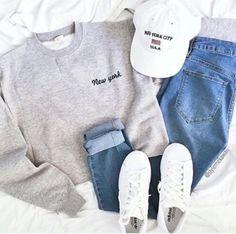 love this sweatshirt