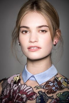 Lily James has been added to these lists: Actress Lily James, Rose Lily, Michelle Dockery, Actrices Hollywood, Amanda Seyfried, Poses, Woman Crush, Pretty Woman, Hair Makeup