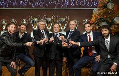 El Real Madrid se suma a las felicitaciones de Navidad (galería de fotos)