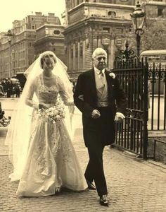 Diana`s mom and her dad on their wedding day