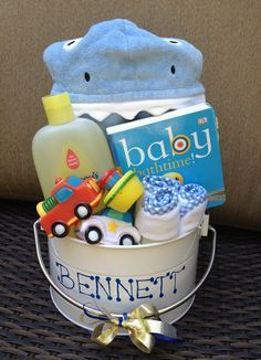 Baby Bath Bucket. Perfect for baby shower gifts for boy or girl #babygiftbaskets