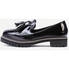 Black Wingtip Patent Leather Tassel Trim Loafers (140 BRL) ❤ liked on Polyvore featuring shoes, loafers, black, patent leather shoes, black patent loafers, wedge loafers, wedge shoes and tassle loafers