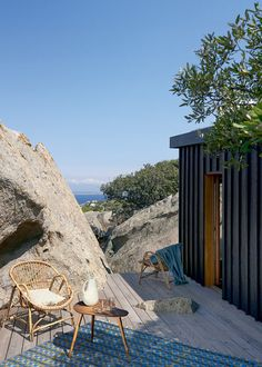 Home on Corsica Outdoor Spaces, Outdoor Living, Outdoor Decor, Exterior Design, Interior And Exterior, Casa Cook, Haus Am See, Summer Dream, Corsica