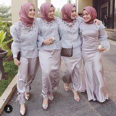 Inspirasi baju pesta muslimah yang elegan dan menawan dari Wedding Day Wedding Planner Your Big Day Weddings Wedding Dresses Wedding bells Makeup Hijab Gown, Kebaya Hijab, Kebaya Dress, Kebaya Muslim, Muslim Dress, Kebaya Brokat, Batik Muslim, Formal Wedding Guests, Model Kebaya