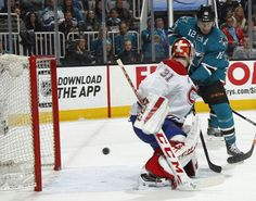 San Jose Sharks forward Patrick Marleau deflects the puck into the net for a goal (March 2, 2015).