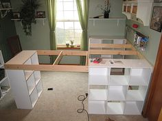 DO IT YOURSELF WHITE CRAFT DESK