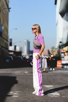 Not your typical black-and-white trackpant. #refinery29 http://www.refinery29.uk/2016/09/122826/nyfw-spring-2017-best-street-style-outfits#slide-107