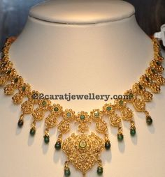 Jewellery Designs: Uncut Emerald Necklace with Drops