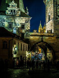 Charles Bridge at night Charles Bridge, Prague, Barcelona Cathedral, Mansions, Night, House Styles, Building, Photos, Travel