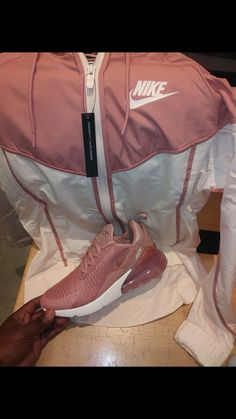 Online shopping for Comfy Outfits Sneakers Fashion Outfits, Sporty Outfits, Nike Outfits, Teen Fashion Outfits, Jordan Outfits, Child Fashion, Nike Fashion, Souliers Nike, Mode Adidas