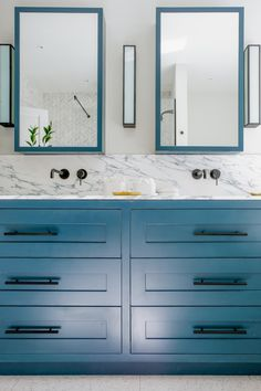 From traditional vanity designs to sleek contemporary creations, and from small modern bathroom vanity ideas to modern double sink bathroom vanity styles, we bring you all the inspiration you need for your bathroom remodel. #bathroomgoals #bathroomdesign #bathroomdecor #bathroomvanity #doingneutralright #modernfarmhouse #apartmenttherapy #showemyourstyled #inmydomaine #smmakelifebeautiful #hometohave #simplystyleyourspace #currentdesignsituation #pocketofmyhome #howyouhome #makehomeyours Modern Bathroom, Small Bathroom, Room Photo, Playhouse Interior, White Marble Bathrooms, Rental Bathroom, Vanity Design, Bathroom Sink Vanity, Bathroom Pictures