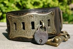OLD ANTIQUE VICTORIAN LEATHER DOG COLLAR WITH CHAIN, LOCK & KEY c 1840-1880