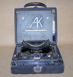 1917 Corona No. 3 Folding  Portable Typewriter 8523