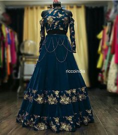 dark green floral handwork lehenga Whatsapp 918888328116 or mail at ethnicdiagmailcom for more details Indian Wedding Gowns, Indian Gowns, Beautiful Pakistani Dresses, Beautiful Dresses, Amazing Dresses, Lengha Dress, Lehenga, Gown Party Wear, New Designer Dresses