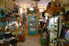 Wooly Mammoth, a vintage boutique in Andersonville Chicago