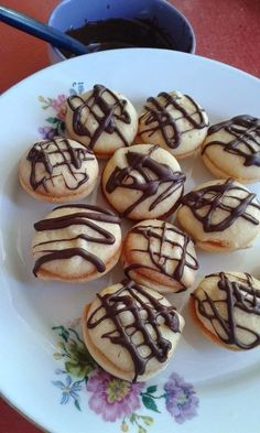 Néró Sweet Cookies, Heavenly, Biscuits, Recipies, Muffin, Favorite Recipes, Foods, Baking, Breakfast