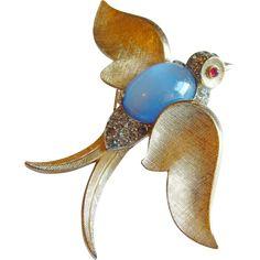 TRIFARI Rhinestone Jelly Belly Bird moonstone Crown Trifari signed brooch pin